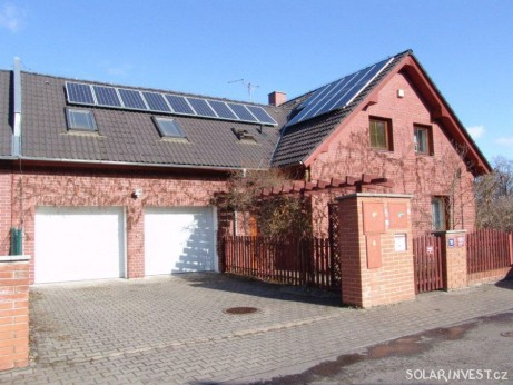 Fotovoltaika na rodinném domě (2009)