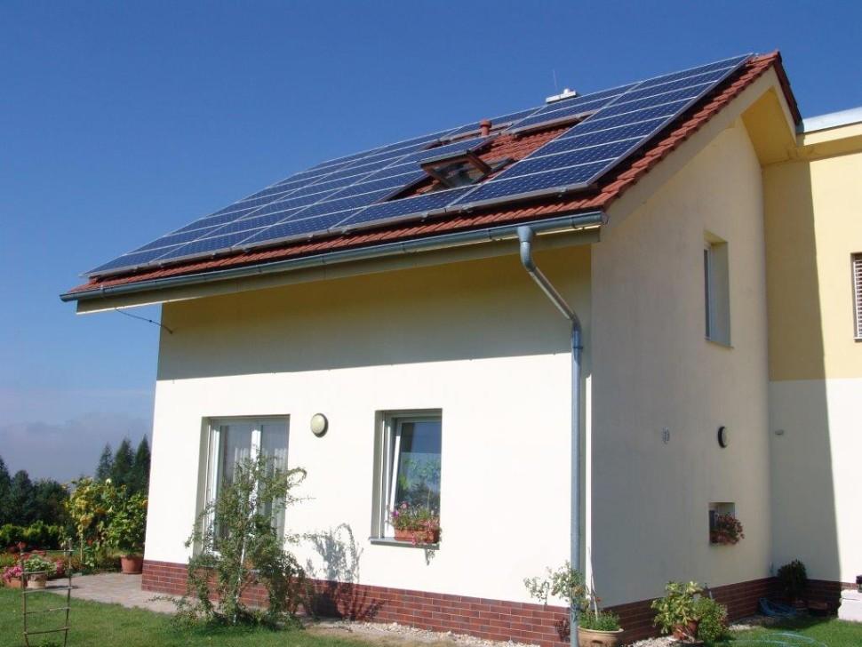 Fotovoltaika narodinném domě (2010)