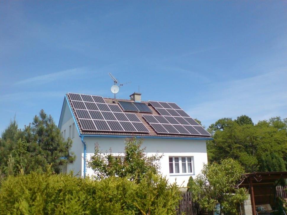 Fotovoltaika narodinném domě (2016)