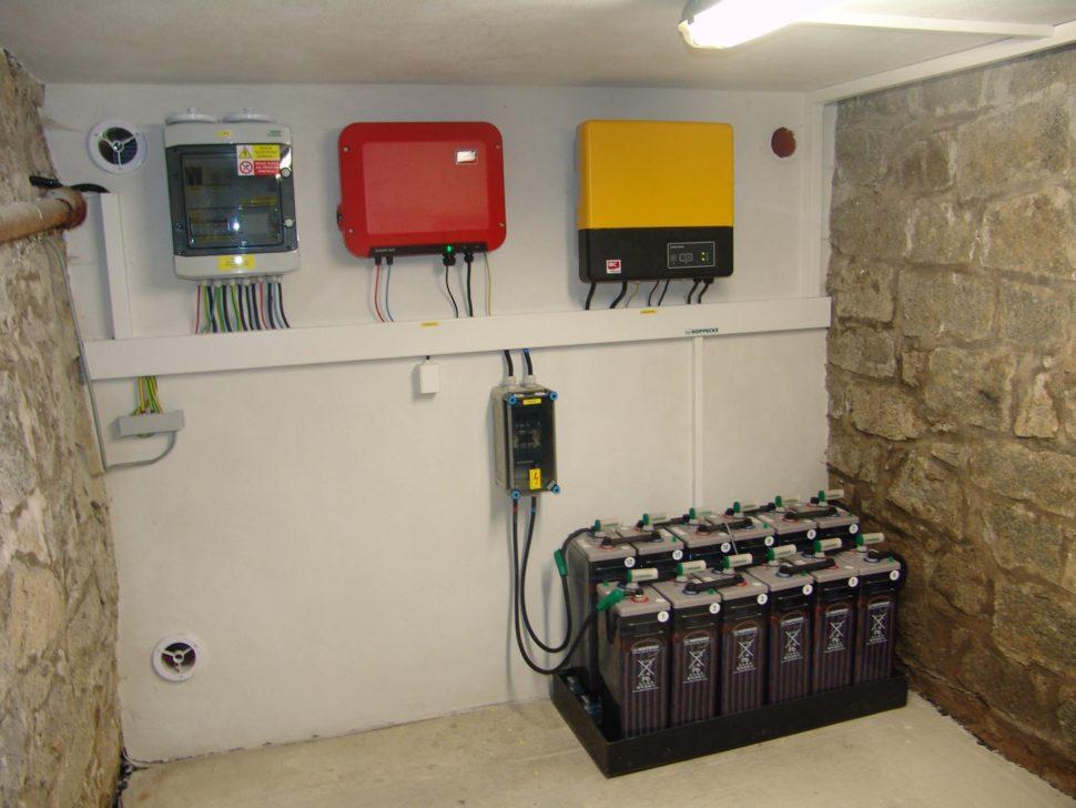 offgrid system pro fotovoltaiku sbaterkou